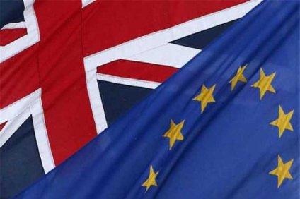 «Ψηφίζουν» Brexit, 250 ηγετικά στελέχη επιχειρήσεων