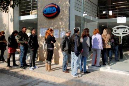 Eurostat: Η Ελλάδα παραμένει… πρωταθλήτρια στην ανεργία