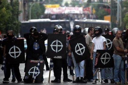 «Ζητάμε από την ελληνική κυβέρνηση δημοψήφισμα για να βγει εκτός νόμου η «Χρυσή Αυγή