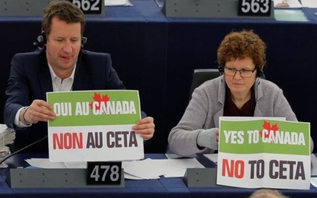 Με τις ευχές της CETA, η φέτα «made in Ganada»: Οργή από τους κτηνοτρόφους