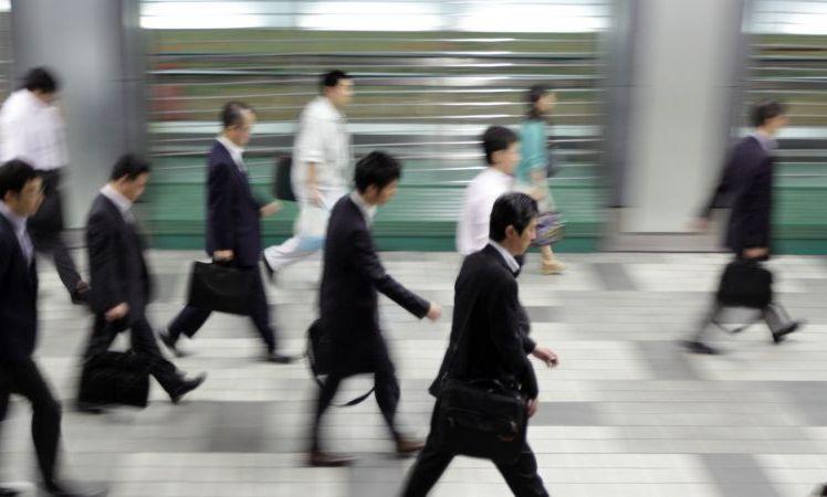"""""""Η εργασία απελευθερώνει"""": 200 ιάπωνες κάθε χρόνο νεκροί λόγω εξαντλητικής εργασίας"""