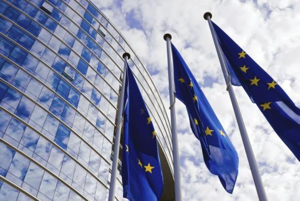FT: Το παραμύθι του βιώσιμου χρέους και τα λάθη Αθήνας, ΕΕ