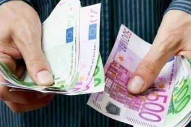 Πότε θα πληρωθούν οι 200.000 δικαιούχοι του επιδόματος αλληλεγγύης
