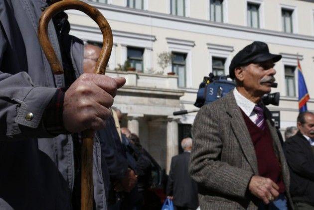 Σχεδόν 1,35 εκατ. συνταξιούχοι με λιγότερα από 1.000 ευρώ το μήνα