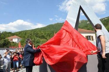 Εγκαινίασε Μουσείο για τον ΔΣΕ ο Κουτσούμπας