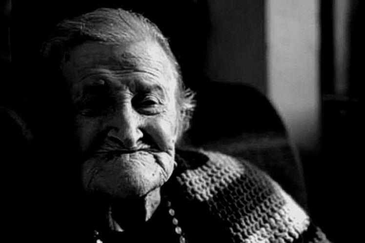Το δώρο της γιαγιάς | του Θανάση Μανιφάβα