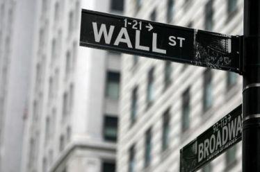 DW: Πόσο πιθανή είναι μια νέα χρηματοπιστωτική κρίση;
