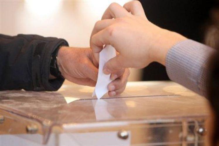 Δημοσκόπηση Κάπα Research: «Μουδιασμένο» το εκλογικό σώμα, πρώτη δύναμη η αδιευκρίνιστη ψήφος!