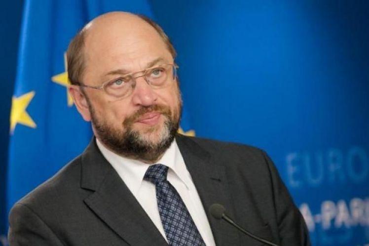 Για πρώτη φορά ο Σουλτς συζητά συμμετοχή του σε κυβέρνηση συνασπισμού