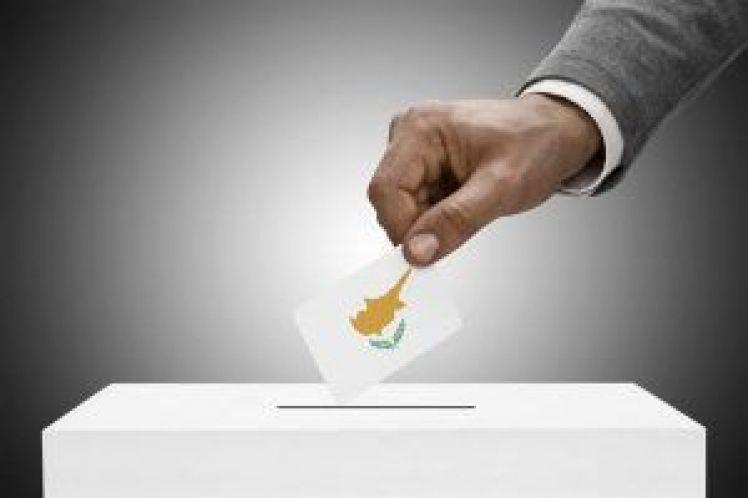Κυπριακές εκλογές: το ΑΚΕΛ αρνείται ξανά να προσφέρει διέξοδο