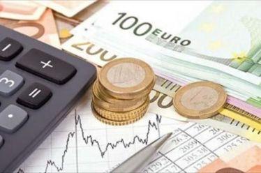 Αφορολόγητο: Έρχεται έναν χρόνο νωρίτερα η μείωση – Χαράτσι έως 650 € για όλους τους φορολογουμένους