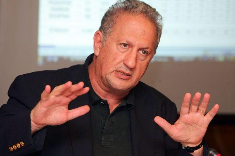 Κ. Σκανδαλίδης: Ή νικάμε ή χάνουμε και σκορπίζουμε