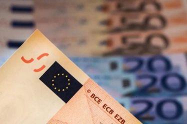 Απλήρωτοι φόροι 693 εκατ. ευρώ τον Ιανουάριο