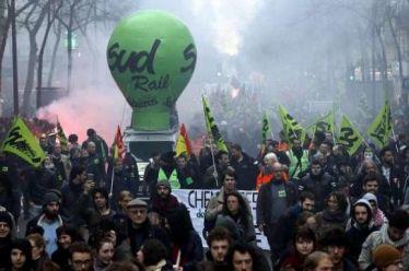 Η απεργία των σιδηροδρομικών στη Γαλλία: Μια κρίσιμη μάχη που πρέπει να γενικευτεί