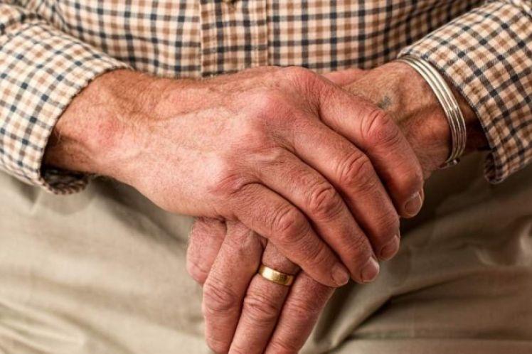 Κατάφεραν να αντιστρέψουν τη γήρανση σε ανθρώπινα κύτταρα