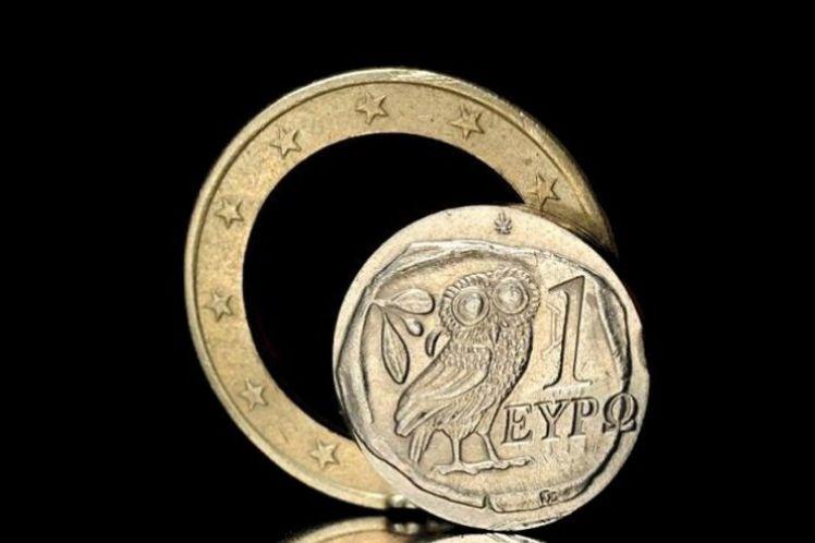 Focus: Με το ευρώ η Ελλάδα θα χρωστάει για πάντα