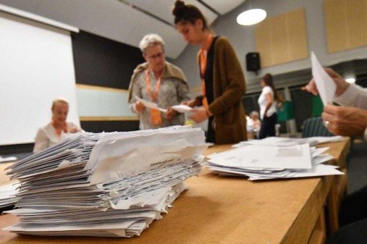 Σουηδία: Αναζητούνται συμμαχίες μετά τις κάλπες