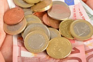 Καθορίστηκαν οι τιμές και ακολουθούν οι πληρωμές συνδεδεμένων για όσπρια, ψυχανθή, καρποί με κέλυφος, μήλα, σπαράγγια και σιτάρι