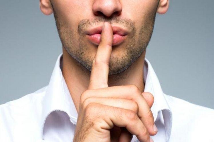 Κι όμως, το κάνεις λάθος – Τα… μυστικά βλάπτουν την υγεία