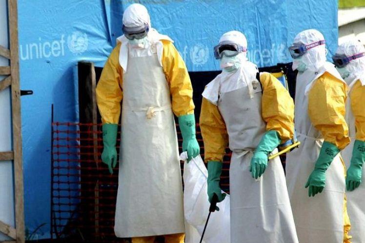 Ο ιός Έμπολα «κρύβεται» μέσα στα κινητά τηλέφωνά μας