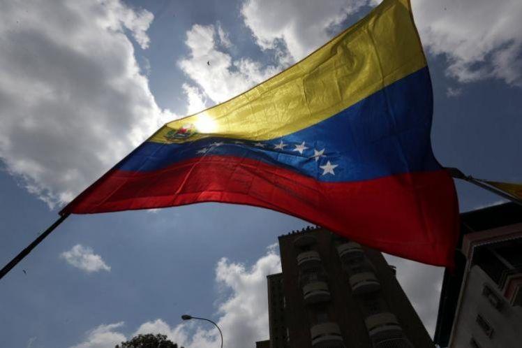 Απόπειρα πραξικοπήματος στη Βενεζουέλα, με τις ευλογίες ΗΠΑ και ΕΕ