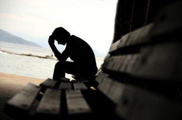 Στην «κόψη του ξυραφιού» η ψυχική υγεία των νέων: Πολλαπλασιάζονται οι διαταραχές