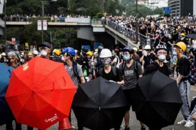 """Χονγκ Κονγκ: Ο """"Δούρειος Ίππος"""" της Δύσης για την άλωση της Κίνας"""