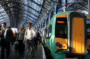 Σχεδόν όλα τα τρένα στη Βρετανία ανήκουν πλέον σε ξένα…