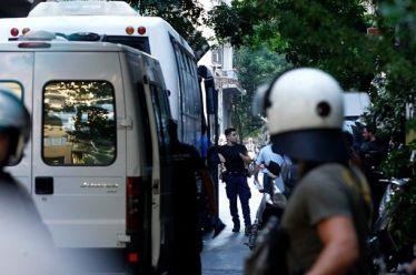 Αστυνομική επιχείρηση για εκκένωση υπό κατάληψη κτιρίου στην Αχαρνών