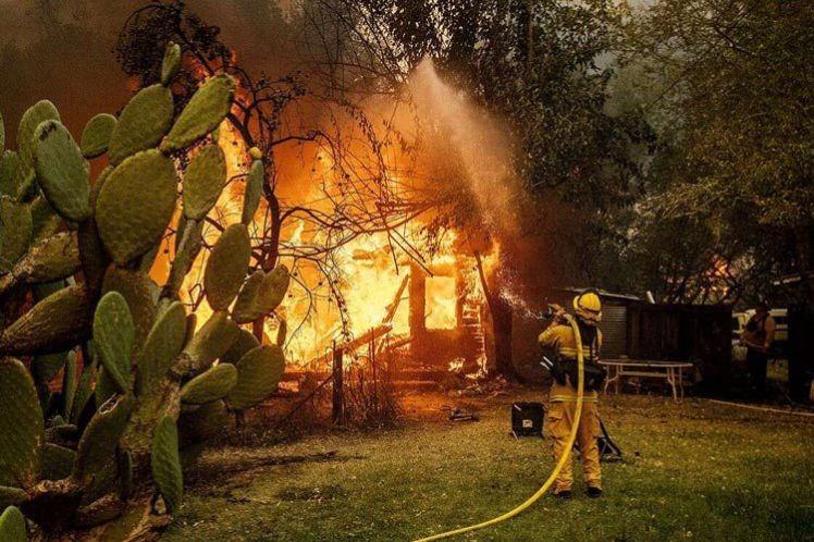 Πυροσβέστες μόνο για πλούσιους