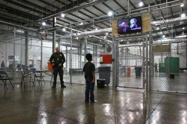 ΗΠΑ: Πρώτη θέση στη φυλάκιση παιδιών