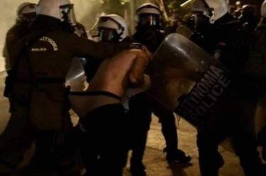 Ω, τι κακούργοι! Ποινική δίωξη για κακουργήματα σε 17 συλληφθέντες στις πορείες για τον Γρηγορόπουλο σε Αθήνα και Πάτρα