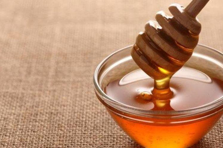 Πώς το μέλι καταπολεμά την παχυσαρκία – Η διαφορά με τη ζάχαρη