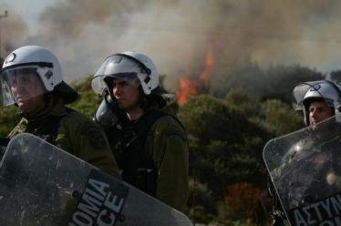 """Πρωτοβουλία Αστυνομικών: """"Τελικά τι είμαστε, Έλληνες αστυνομικοί ή στρατός κατοχής;"""""""