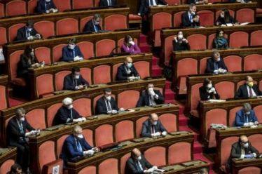 O Covid-19 ανοίγει μια νέα πολιτική περίοδο στην Ιταλία