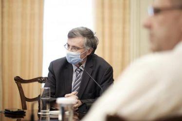 «Καθημερινή»: Γιατί βρίσκεται εκτός προσκηνίου ο Σωτήρης Τσιόδρας; – Η διευκρίνηση της εφημερίδας