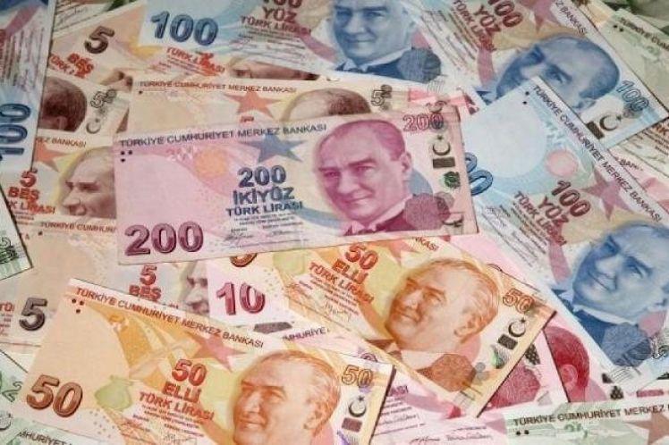 Δεν έπεισε τις αγορές η «έκπληξη» του Ερντογάν – Κατρακυλά η τουρκική λίρα