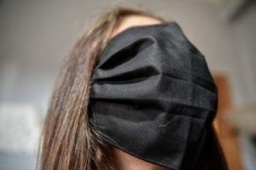 Βρέθηκε λύση για τις μεγάλες μάσκες των σχολείων, στην άμεση απόκτησή τους προχωράει ο Ελληνικός Στρατός
