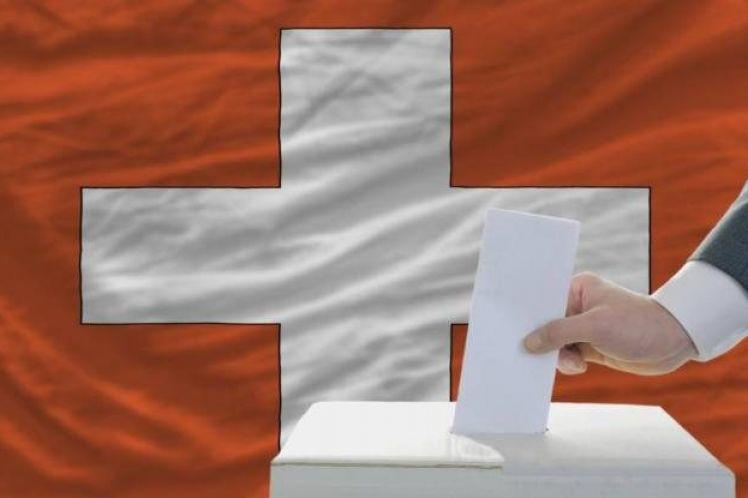 Οι Ελβετοί ψηφίζουν για την κατάργηση της ελεύθερης κυκλοφορίας ανθρώπων με την ΕΕ