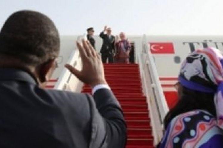 H Τουρκία προωθείται στην Αφρική έναντι του μπλοκ Γαλλίας-Ηνωμένων Αραβικών Εμιράτων-Αιγύπτου, του Michaël Tanchum(*)