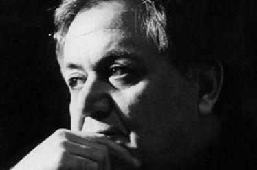 Ο Μάνος Χατζηδάκις σχολιάζει την επέτειο