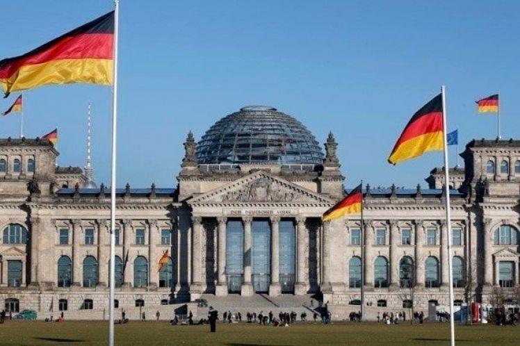 Γερμανός οικονομολόγος: Κίνδυνος σοβαρής τραπεζικής κρίσης στη Γερμανία το 2021
