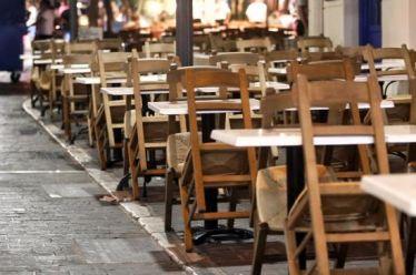 Εστίαση: Πότε θα ανοίξουν μπαρ και εστιατόρια