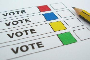 Δημοσκόπηση MARC: Ναι στο εμβόλιο, όχι σε πρόωρες εκλογές, στο +18,6% η ΝΔ
