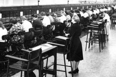Γιώργος Αλεξάτος: Οι εργαζόμενες γυναίκες στη μεταπολεμική Ελλάδα (1950-1974)