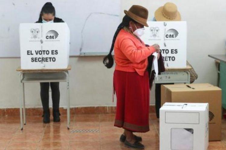 Εκουαδόρ: Αριστερή στροφή και στρατηγικά διλήμματα