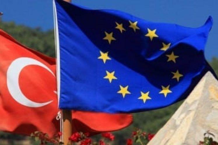 """Η Τουρκία ως """"ασφαλής τρίτη χώρα"""": πώς συνδέονται οι ψηφίδες"""