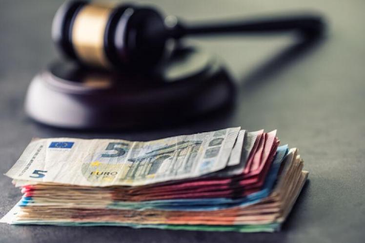 Οι δικηγόροι θα απέχουν από πλειστηριασμούς α' κατοικίας ευάλωτων νοικοκυριών